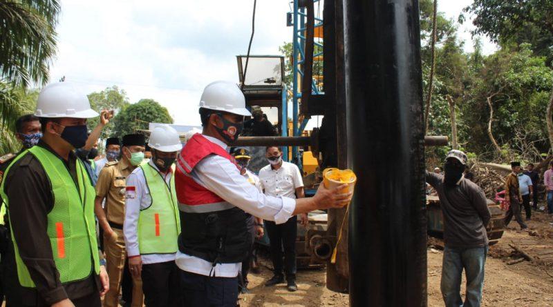 Pembangunan Jembatan Sungai Musi Desa Semangus Tahap Pertama Dimulai